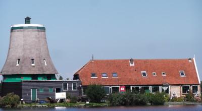 Vervangen van de westgevel van Molden de Os aan de Kalveringdijk op de Zaanse Schans
