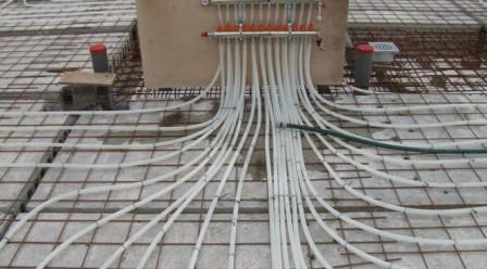 Vloerverwarming aanbrengen en begane grondvloer storten